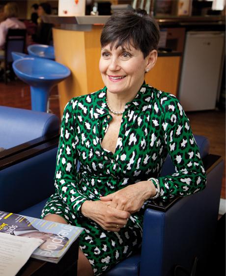 Lynne McTaggart : «L'être humain est un système énergétique »