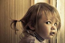 MON ENFANT ENTEND DES VOIX